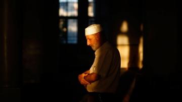 Die religiösen Handlungen haben gänzlich nur das Ziel, um im Jenseits der Seele die nötige Energie zu geben.