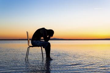 Falls du mit dem Theorie des Glaubens lebst anstatt seiner Auslebung, dann wird dein Leiden nicht enden.