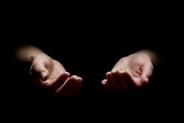 Kişi, hakikatin ilmine vâkıf olmasa dahi, zâhirde de yapılması gereken fiilleri hakkı ile yerine getirir.