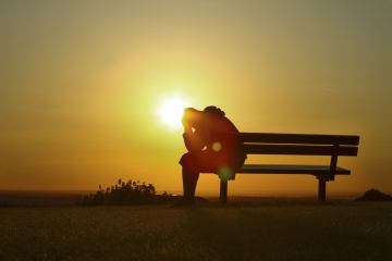 """Stres ve bir kısım hastalıklarınızın yakışından kurtulmanız için """"Rabb-ül âlemîn""""e iman etmeniz zorunludur!"""