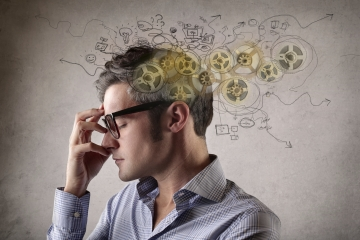 Evrensel gerçekler kriterine göre belli bir sistematik içinde değerlendirme yapan akıl…